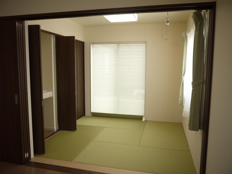⑭和室カーテン付