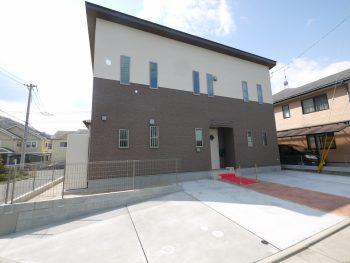 2世帯住宅を建てたいなら、呉市のオオサワ創研へ